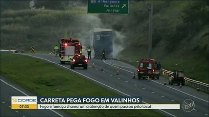 Carreta pega fogo no Anel Viário Magalhães Teixeira, em Valinhos