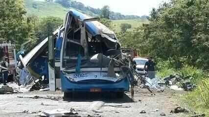 HC de Botucatu recebe vítimas de acidente de ônibus com mais de 40 mortos