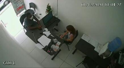 Homem rouba funcionária de loja no centro de Maceió