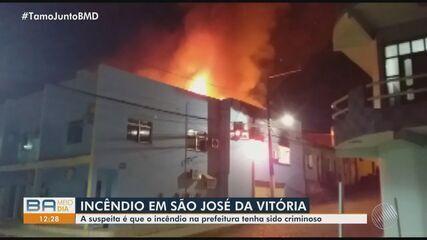 Incêndio atinge prefeitura em São José da Vitória, na Bahia