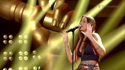 Amanda Coronha canta 'Can't Take My Eyes Off You' nos Shows ao Vivo