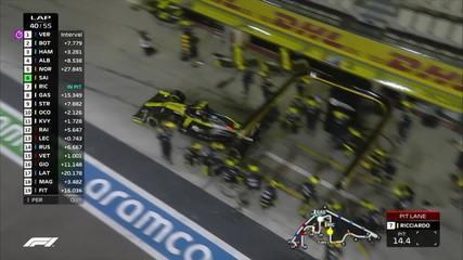 Ricciardo finalmente arremessa e retorna à frente de Gasly