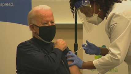 Presidente eleito dos EUA, Joe Biden, toma vacina contra Covid-19