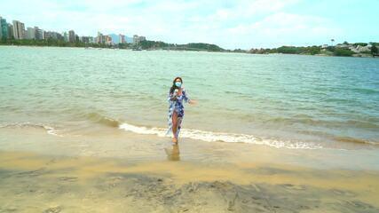 Em Movimento: Gizelly bate papo sobre verão com capixabas
