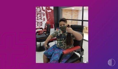 Inspiração: Nathan doa cabelo para crianças com câncer