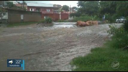 Chuva causa estragos em Campinas neste sábado (2); veja vídeos