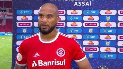 """Moledo fala sobre a chance de título do Internacional: """"Pé no chão! Sempre tem o que melhorar"""""""