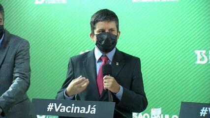 VÍDEO: 'Temos uma vacina que consegue controlar a pandemia', diz Ricardo Palácios