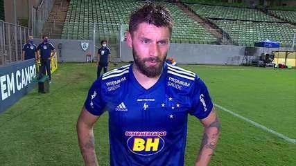"""Rafael Sobis desabafa sobre crise do Cruzeiro: """"Pessoas não sabem ainda de 10%"""""""