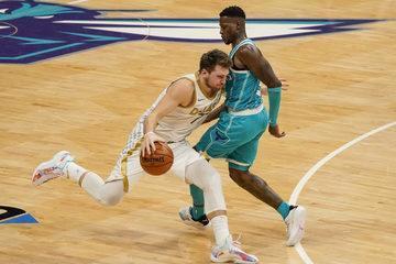 Melhores momentos: Charlotte Hornets 93 x 104 Dallas Mavericks pela NBA