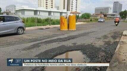 Moradores reclamam de poste no meio da Rua Carlos Roberto de Melo, em Hortolândia