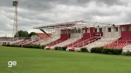 Ventos arrastam placas da cobertura da Arena Ytacoatiara, em Piripiri