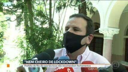 """""""Não descarto nada, nunca. Mas não há nem cheiro de lockdown nesse momento"""", diz Eduardo Paes"""