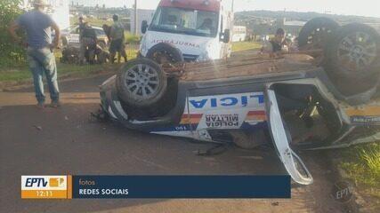 Viatura capota e policiais ficam feridos em perseguição em São Sebastião do Paraíso, MG