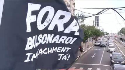 Cidades registram manifestações contra Bolsonaro e a favor da vacina neste sábado (23)