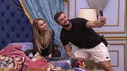 Carla Diaz propõe para Arthur no BBB21: 'Você pega Anjo e eu a liderança'