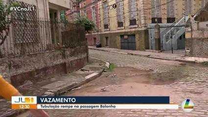 Tubulação rompe na passagem Bolonha, em Belém
