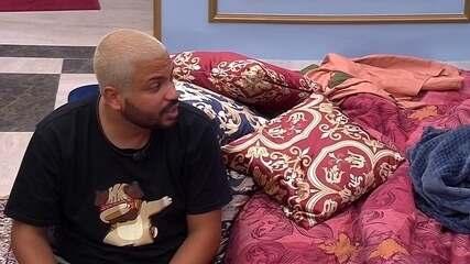 Projota desabafa sobre brother no BBB21: 'Tem umas coisas que me irritam, não vou negar'