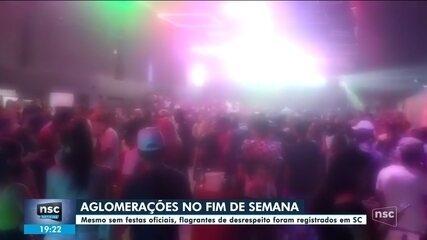 Cidades de SC têm praias lotadas e festas com aglomerações, apesar de carnaval cancelado