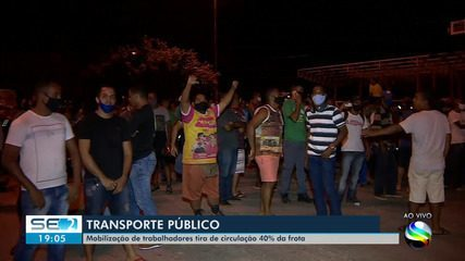 Protesto muda rotina no transporte coletivo na capital