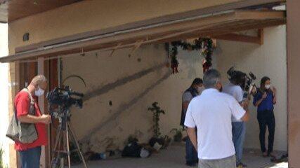 Nova perícia é feita na casa onde três irmãos morreram durante incêndio em Poá