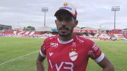 Pedro Júnior comemora gol e diz que ficou 45 dias se recuperando de Covid-19