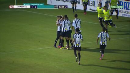 Gol do Atlético-MG! Gabriel aproveita vacilo da zaga marca de cabeça, aos 12 do 1T