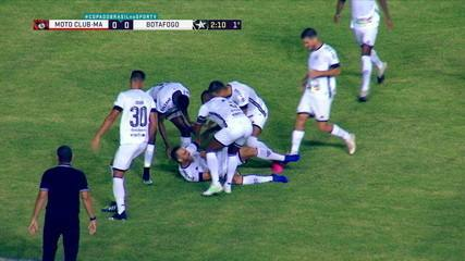 Pedro Castro marcou belo gol de falta no início da temporada, mas se lesionou logo depois