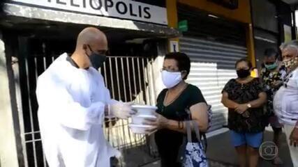 Maioria das pessoas que moram em favelas não consegue fazer duas refeições por dia