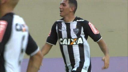 Veja os três gols de Danilo Barcelos pelo Atlético-MG em 2017