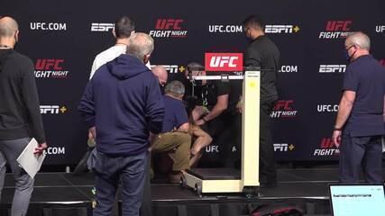 Lutadora passa mal e desaba em pesagem do UFC