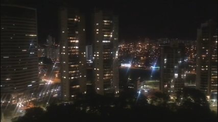 Vídeo mostra panelaço e gritos de 'mito´ em Goiânia durante pronunciamento de Bolsonaro