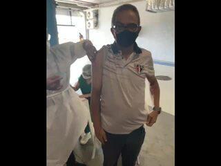Francisco Diá é primeiro técnico do futebol cearense a receber vacina contra Covid-19