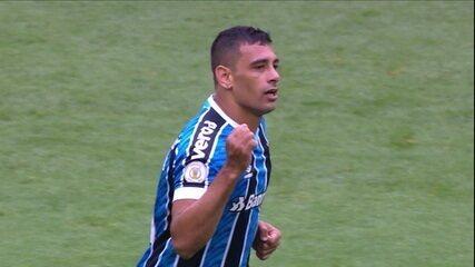 Diego Souza fala sobre o posicionamento e a função dele no time do Grêmio