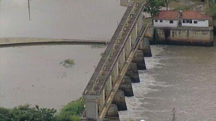 Geosmina provoca fechamento da estação de tratamento do Guandu na noite desta terça