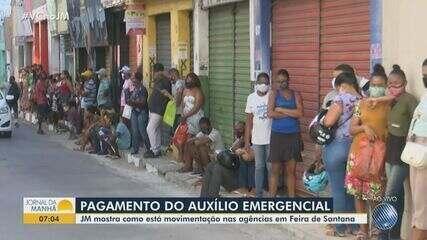 Agências da Caixa na Bahia têm filas por causa do auxílio emergencial