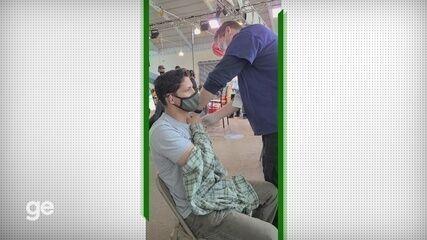 Campeão de jiu-jitsu, Fabrício Guerreiro é vacinado nos Estados Unidos