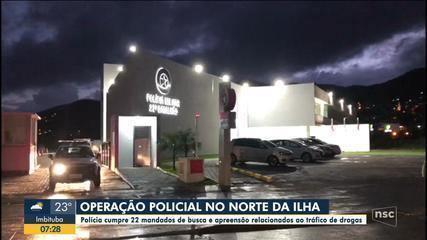 Polícia deflagra operação contra o tráfico de drogas em comunidade de Florianópolis