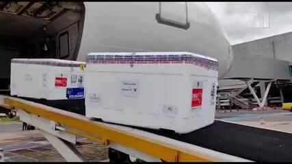 Novas doses da vacina contra Covid-19 chegam no Aeroporto Internacional de Brasília