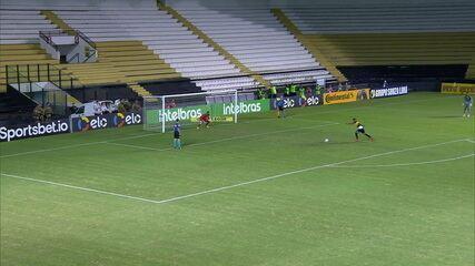 Os pênaltis de Criciúma 1 (5)x(4) 1 Ponte Preta, pela segunda fase da Copa do Brasil