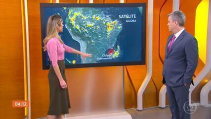 Ciclone subtropical causa chuva e ventos fortes no Sul e Sudeste