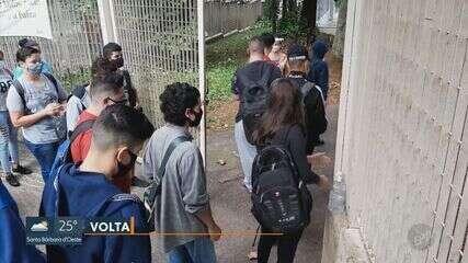 Veja como foi a retomada das aulas presenciais em escolas privadas e estaduais de Campinas