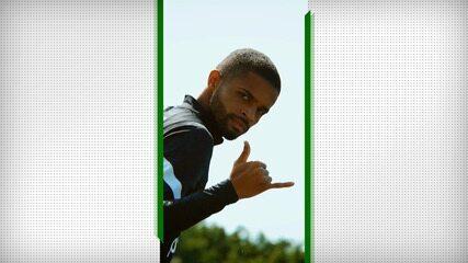 Vitinho renova contrato com o Corinthians