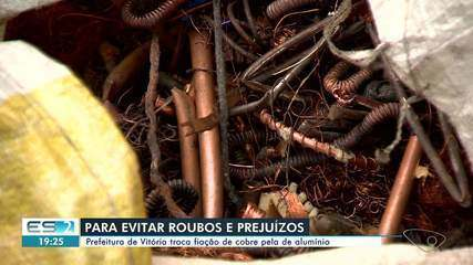 Homens foram presos com cerca de 120 kg de fios de cobre em Vitória