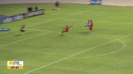 CSA vence o CRB, assume a liderança e garante vaga na semifinal do Alagoano