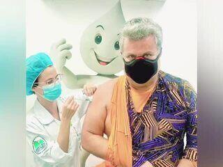 Milton Cunha é vacinado no Rio
