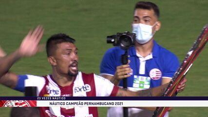 Kieza quebra caixão de isopor do Sport após título pernambucano