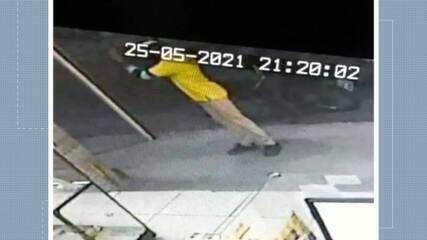 Vídeo mostra ação de assaltante que matou jovem em lanchonete