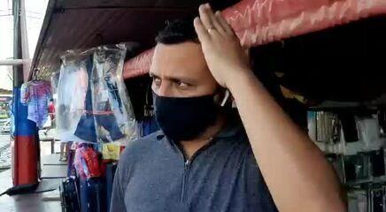 Comerciante reclama de prejuízos com cheia recorde em Manaus