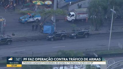 Polícia Federal faz operação contra tráfico de armas, na Rocinha